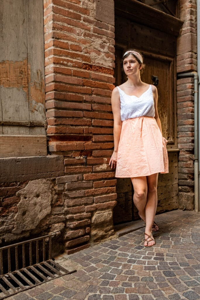 Gabrielle dressed with Basil(e) outfit in Albi's streets