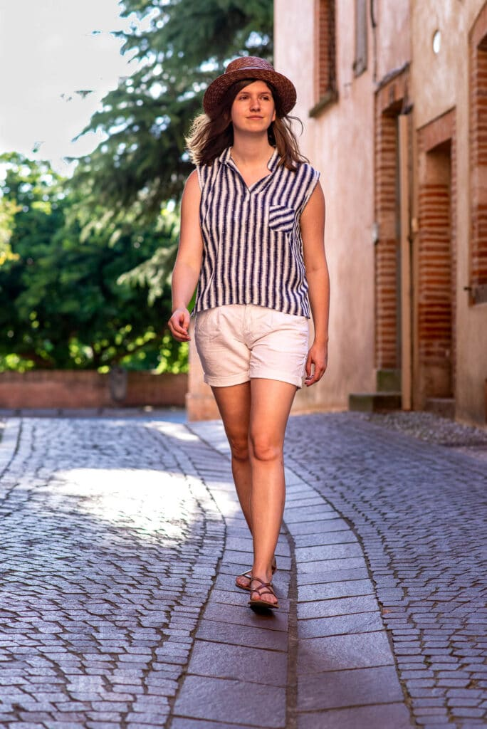 Gabrielle dressed with Basil(e) in Albi's streets