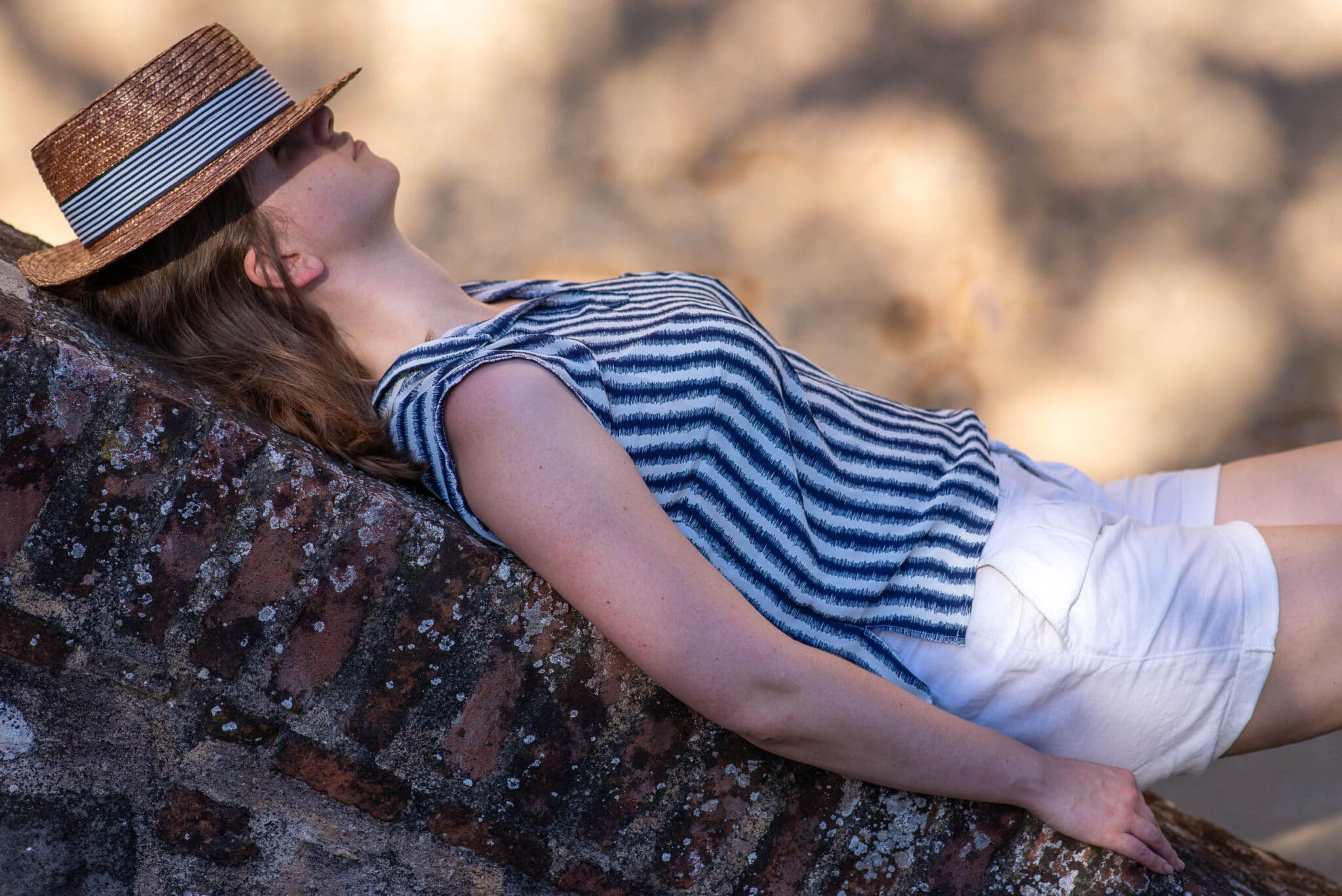 A nap near Albi Cathedral in Basil(e) outfit