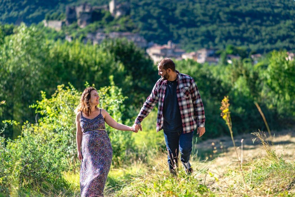 Les futurs parents se baladent dans le Tarn-et-Garonne