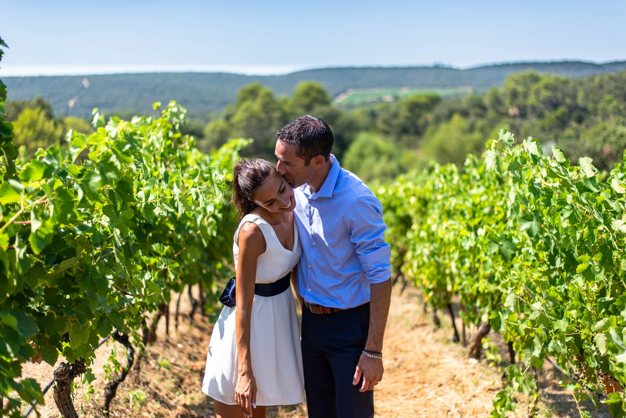 The newlyweds enjoy a little time in the middle of the vineyards of Provence.
